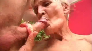 Fucked Mature Honey Jizzed With Her Dentures