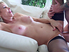 Naughty mature hot ass sluttie Erica Lauren plays with huge dick in hot blowjob