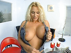 Juggy mature cougar Holly Halston greedily sucks fat curved cock