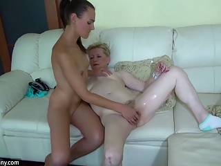 Oldnanny old fat grannies masturbating and enjoying with you