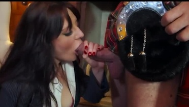 European babe co-ed Samantha Bentley is acting in blowjob porno video