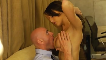 Beauty Kortney Kane with hot big melons is acting in hard core action