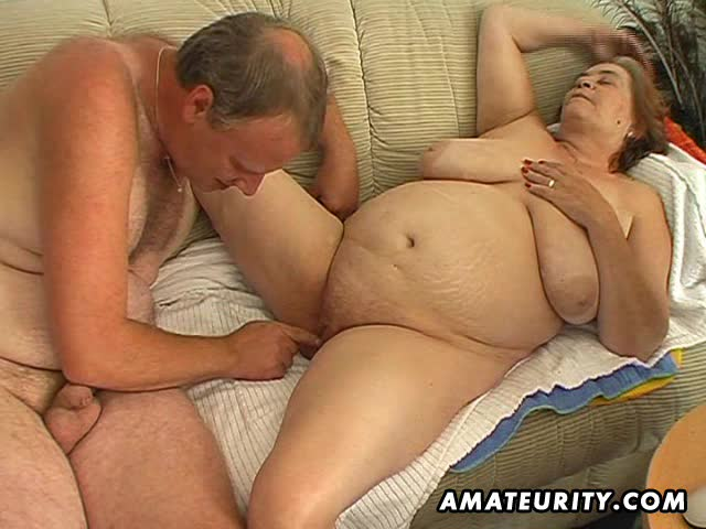 дед трахаєт сваю жену толстушку