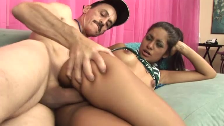 Old And Skinny Man Is Fucking That Petite Latina