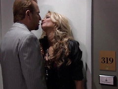 Jessica drake gets her mouth fucked