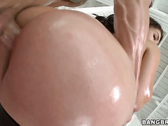 Valentina Nappi with phat butt shows oral sex