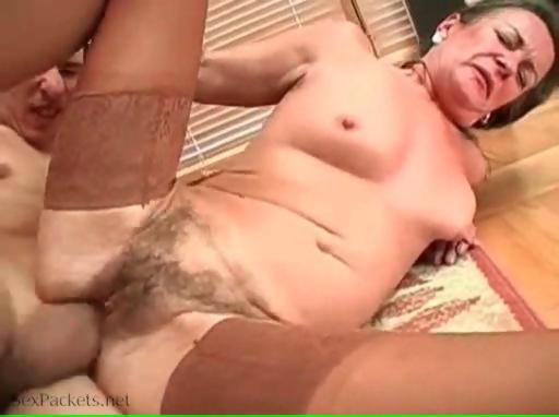 Good grannie fuck she never experienced before like this one - Hardsextube