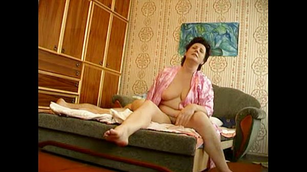 Russian mature with young boy hiddencam - 22 min