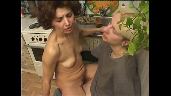 russian mother fucked in the kitchen - 20 min
