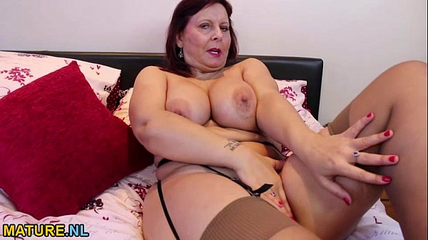 Busty mature lady masturbating in stockings - 6 min