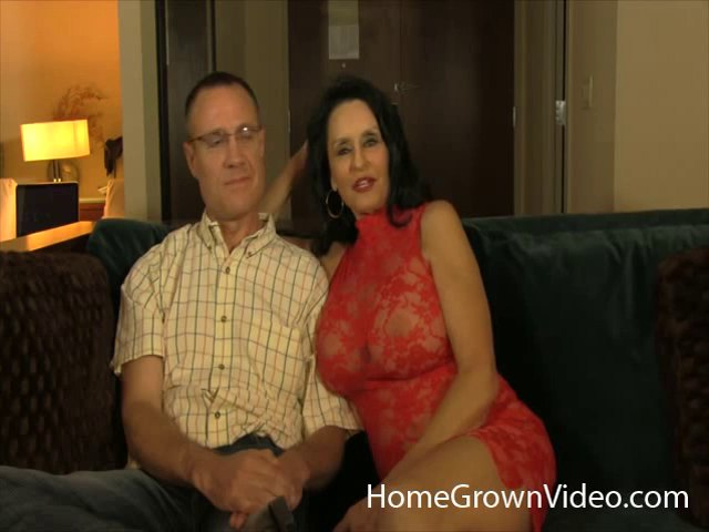 Mature woman plowed well during a cuckold session