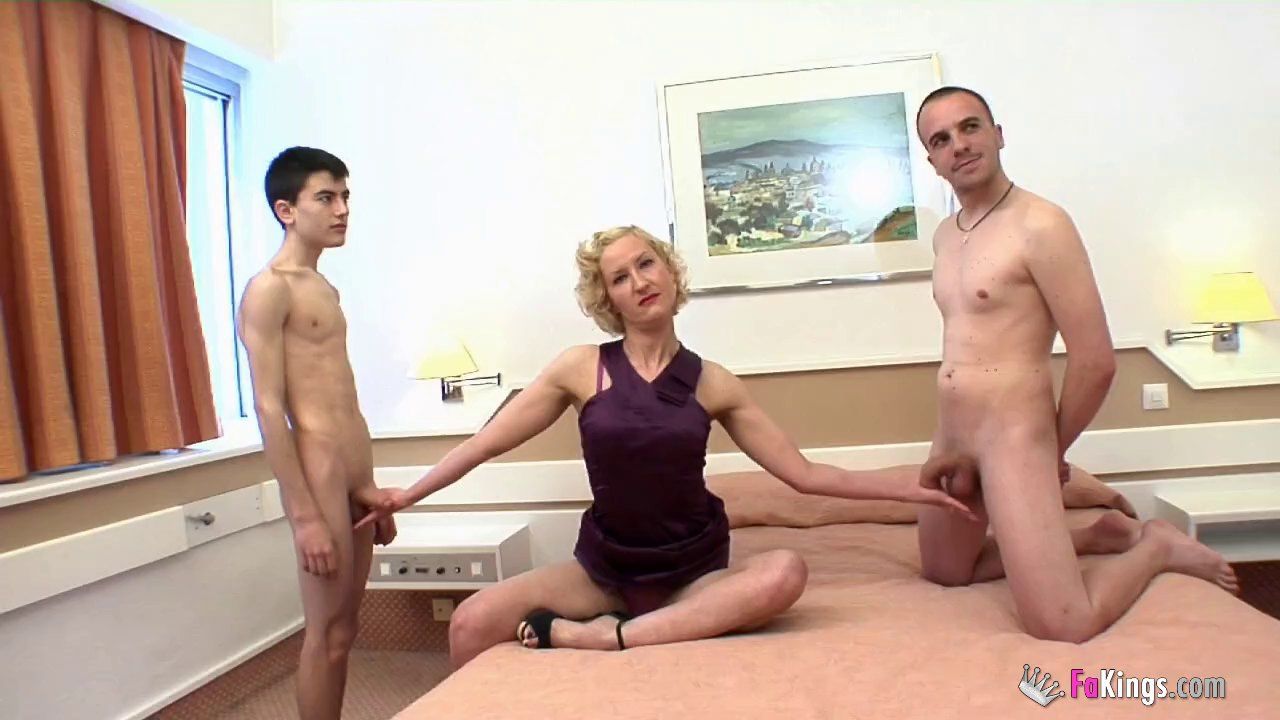 Threesome with Tomy, Jordi El Nino Polla and Ana Kournikova is awesome