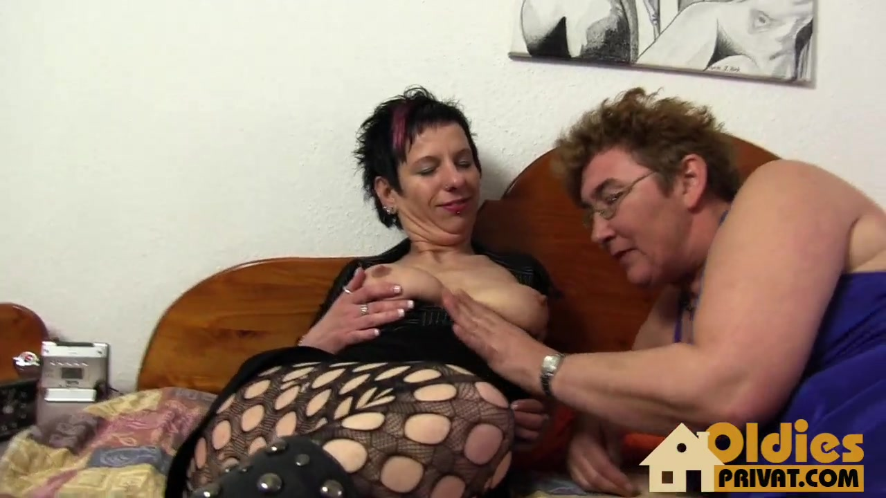 Two german lesbos enjoying each other's sweet holes