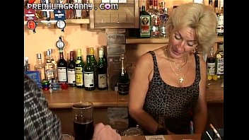 Perfect granny looks for an orgasm at a bar table - 7 min