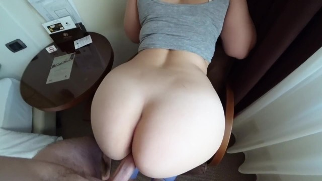 19 year old girl in leggings fucks and gets sperm on her big ass