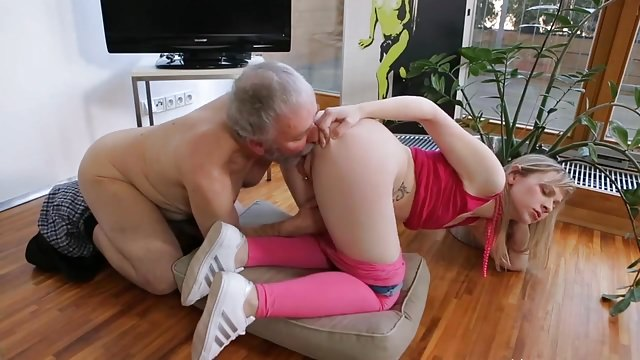 Tiny Tit Teen Please Old Man!