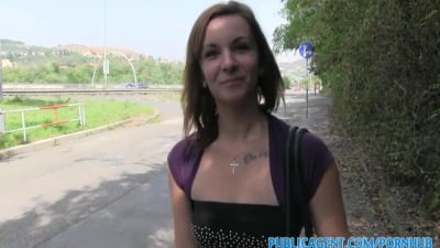 PublicAgent Brunette having sex outdoors in the bushes