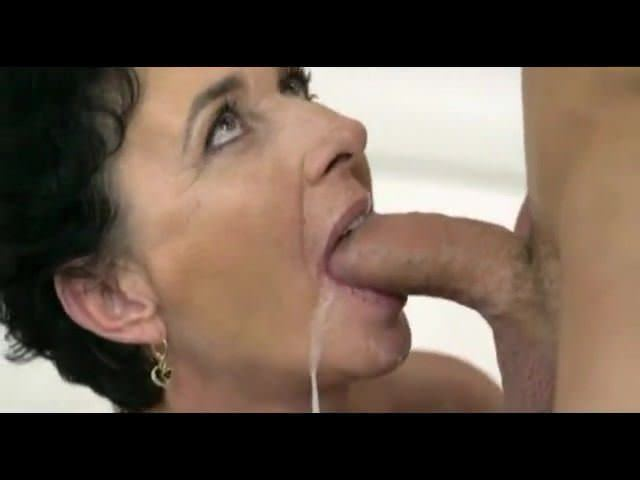 Mature CumPlayer 10