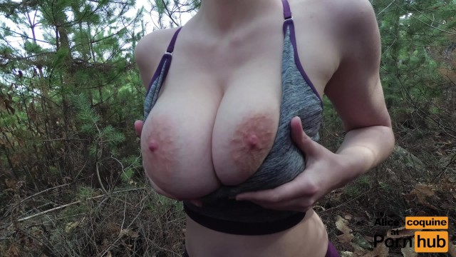 Jogging and Tittyfucking in the Forest !