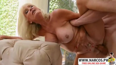 Lucky Mother In Law Leah Lamour Ride cock Hot Young Son