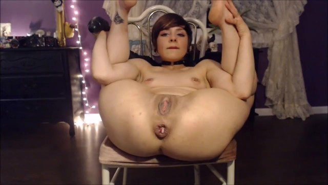 Vixenmoon: Extreme Anal Solo (with her face!)