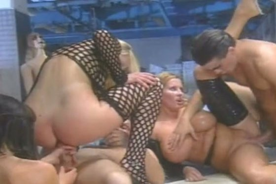 Orgy with extremely voluptuous and busty bitches - Group sex porn