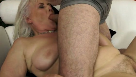 never a bother nice tits - Grannies porn