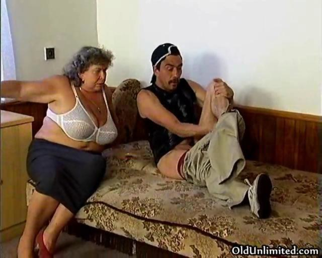 Horny granny loves sucking some fat dick on GotPorn