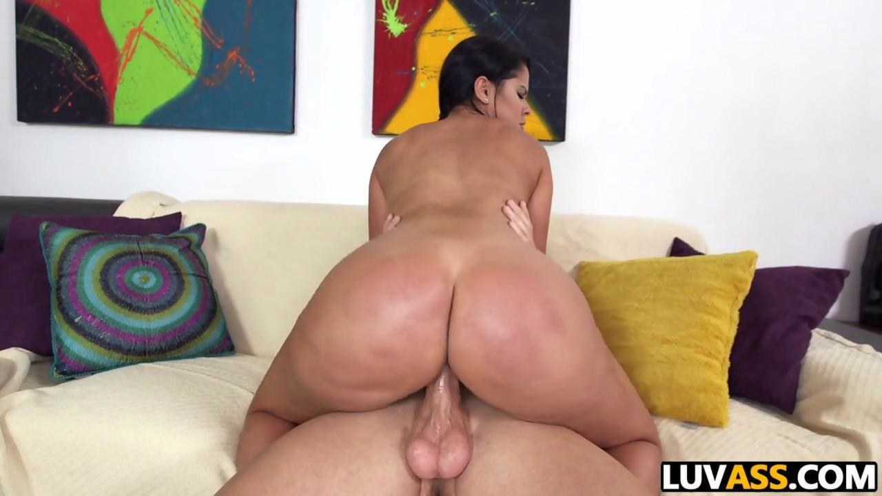 Spanked big ass babe gets her pussy mangled with a schlong on GotPorn