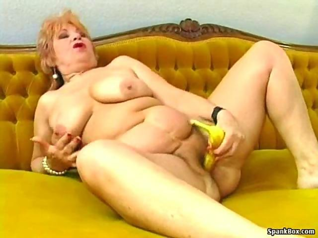 Granny masturbates with a banana on GotPorn (5671311)